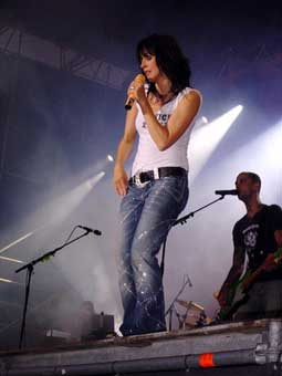 1960 In Hagen North Rhine Westphalia Germany Is A Singer Who Rose To International Fame 1984 With The New German Wave Song 99 Luftballons